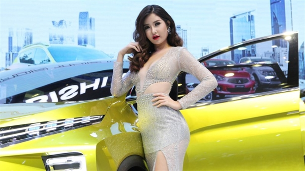 Giấc mơ ô tô Việt: Loay hoay nắm đằng lưỡi