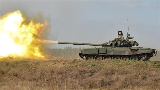 Khe hở phòng thủ khiến tăng Nga trả giá