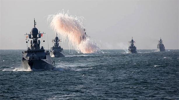 Hạm đội Caspian âm thầm tập đánh nhóm