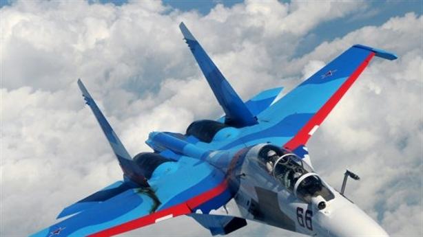 Hổ mang Su-30SM mang vũ khí mới tiếp nhiên liệu trên không