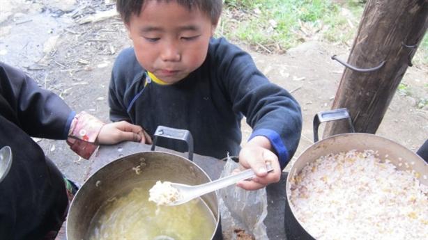 Hiệu trưởng bán 6 tấn gạo của trò nghèo: 'Rất đàng hoàng'