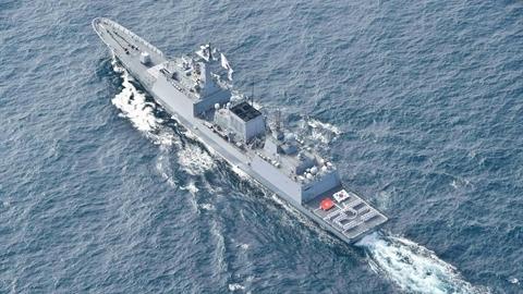Học viên Việt Nam trên tàu chiến cỡ lớn Hàn Quốc