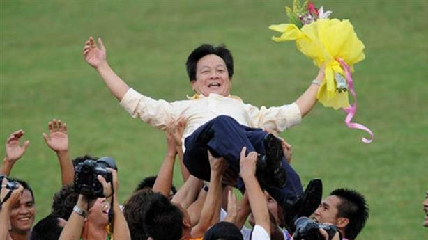 Quảng Nam vô địch: Minh bạch khi bầu Hiển nắm 5 đội?