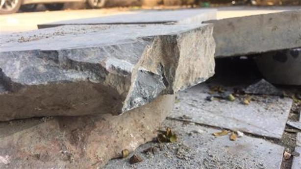 Chủ tịch Chung: Không để cuối năm lại lát đá vỉa hè