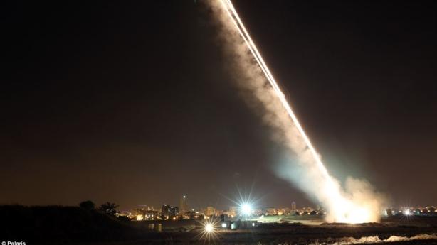 Bỏ lọt mục tiêu, Iron Dome vẫn được khen hết lời