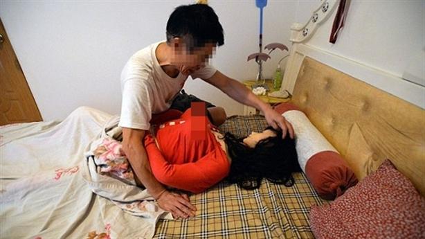 Rộ mốt vợ tặng chồng búp bê tình dục