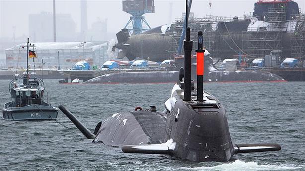 Hạm đội tàu ngầm tốt nhất thế giới của Đức tê liệt