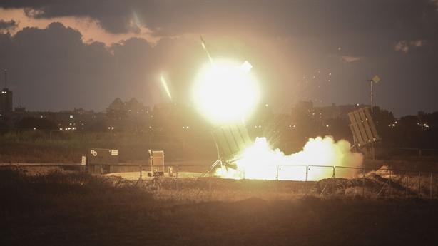 Israel rung chuyển vì tên lửa từ Gaza