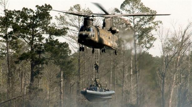 Trực thăng Chinnok trang bị hệ thống đánh chặn laser