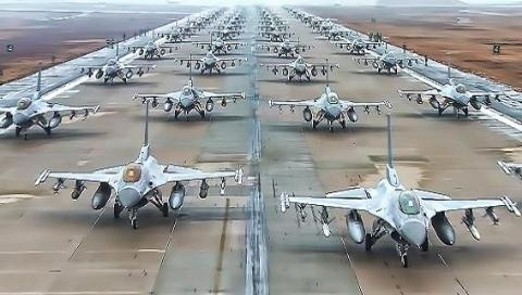 Mỹ dùng hơn 400 căn cứ, hàng trăm F-22/F-35 uy hiếp Nga