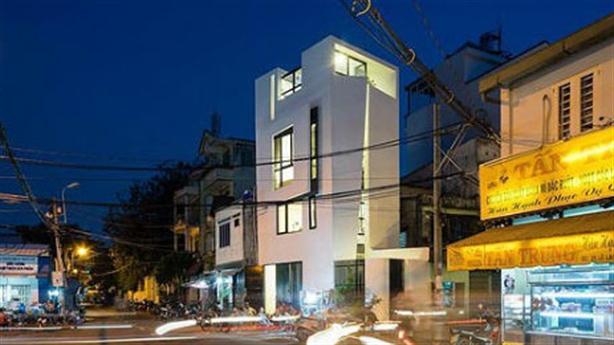 Căn nhà góc cạnh kì lạ giữa lòng Sài Gòn