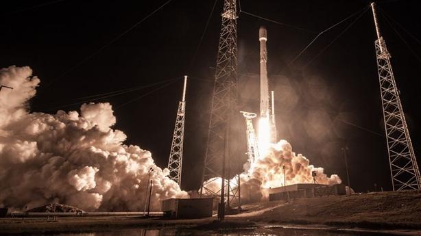 SpaceX mới phóng vệ tinh Zuma đã thất bại