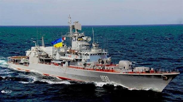 Ukraine sợ Nga gài chất nổ trên tàu trả lại từ Crimea