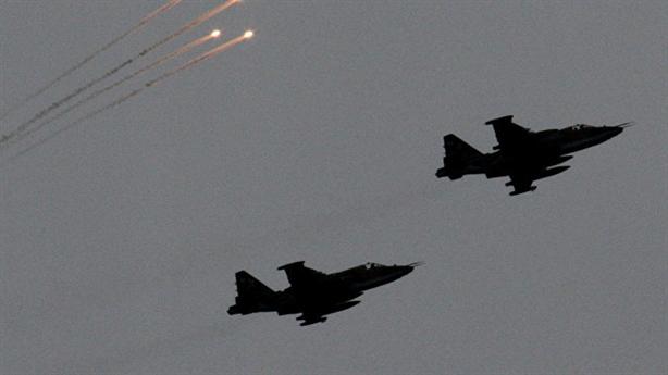 Nga dùng tên lửa không-đối-đất hạng nặng diệt khủng bố tại Idlib
