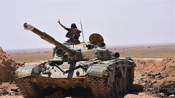 SAA bất ngờ rút khỏi Idlib, nhành oliu tái sinh?