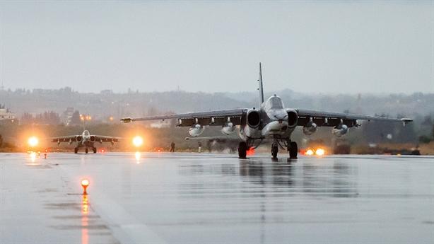 Cách giải thích bất ngờ của Nga khi Su-25 ăn đạn