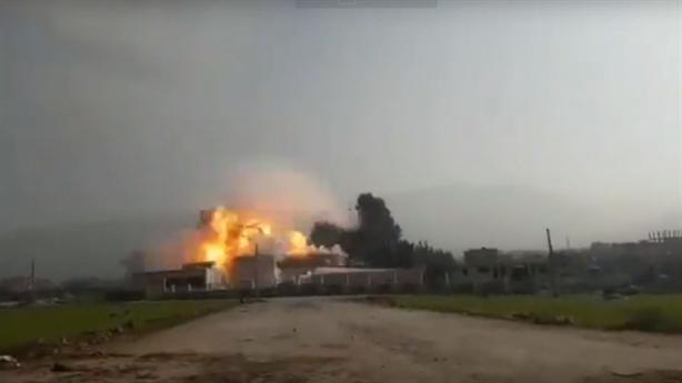 Su-35 dùng bom chính xác giáng đòn thù tại Idlib