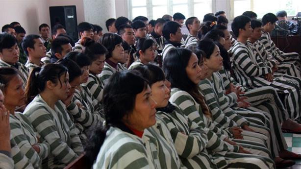 Trung Quốc cho nhiều tù nhân về Tết: VN có nên học?