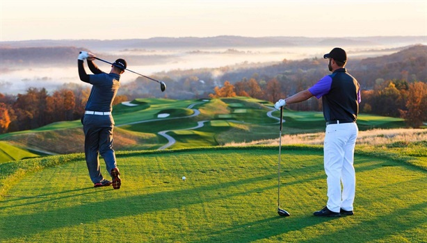 Địa phương tự quyết làm sân golf: Tôi thấy rất lạ...