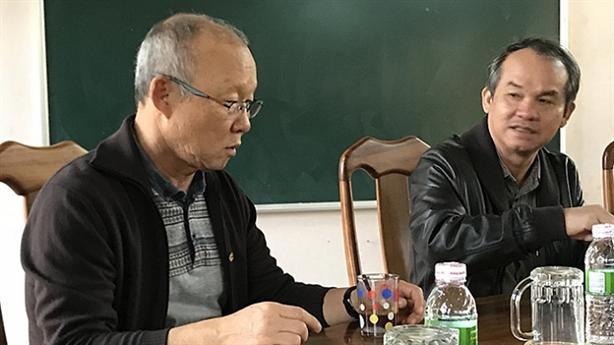 Lương của thầy Park: Ai trả thay Tổng cục TDTT?