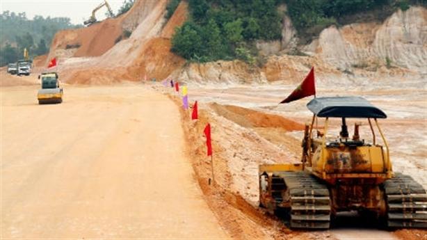 Cao tốc Móng Cái-Vân Đồn giảm 5000tỷ: Cần rà soát nữa