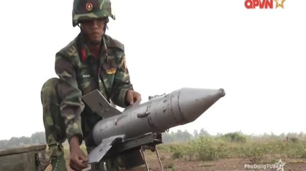Đòn đánh của AT-3 Việt Nam khi phóng từ xe chiến đấu
