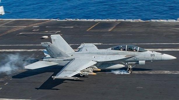 F/A-18 Hornet lại rơi, 2 phi công tử nạn