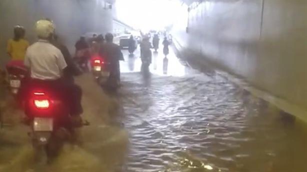 Hầm trăm tỷ không mưa vẫn ngập: Chủ đầu tư giải thích