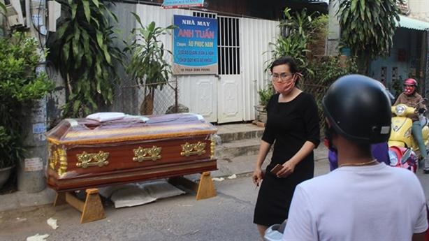 Chôn xác chị gái trong nhà: Ung thư giai đoạn cuối