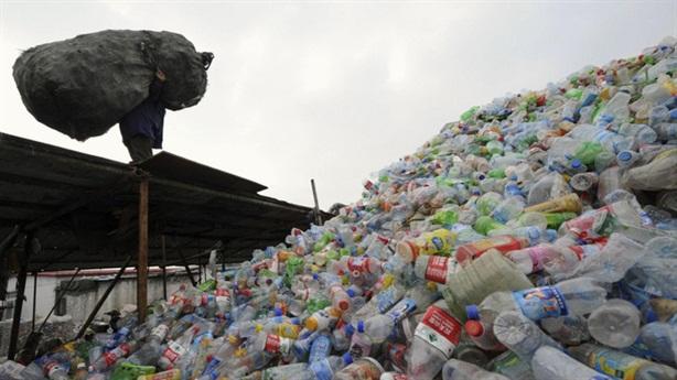 Trung Quốc cấm nhập rác: Mỹ trở tay không kịp?