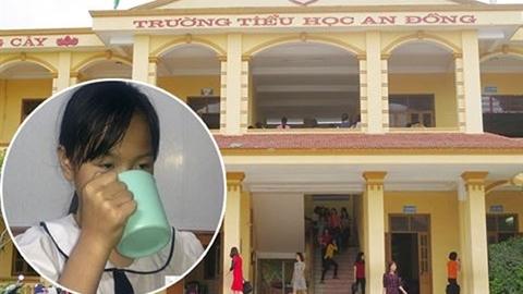 Trần tình của cô giáo phạt học sinh uống nước giặt giẻ
