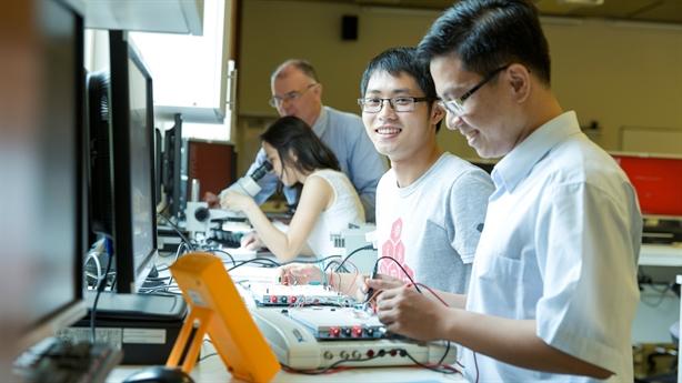 Không cần bảng xếp hạng riêng cho đại học Việt Nam!
