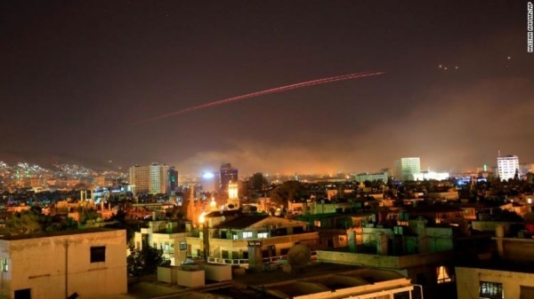 Mỹ phát lệnh tấn công Syria, Nga nói lời đầu