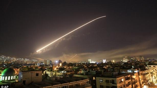 Tướng Trung Quốc vạch bản chất vụ Mỹ tấn công Syria