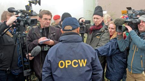 OPCW tìm cách giúp phương Tây hợp thức trận tên lửa?