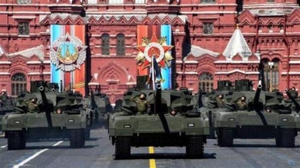 Nga nhận dàn vũ khí tương lai giới thiệu toàn thế giới
