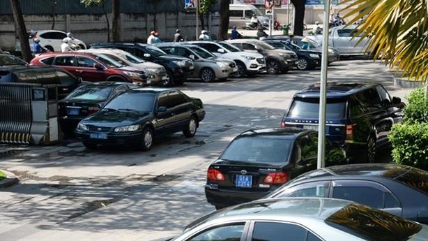 TPHCM thí điểm khoán xe công từ ngày 1/5