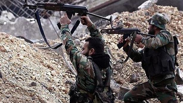 Nga dồn quân vào Hmeymim, SAA đột kích đông Euphrates
