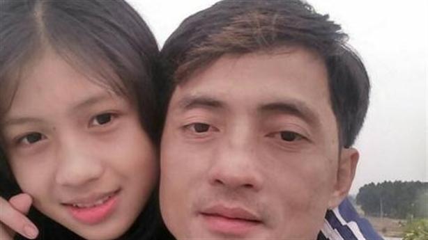 Nữ sinh xinh đẹp mất tích: 'Người lạ mua đồ lót cho'