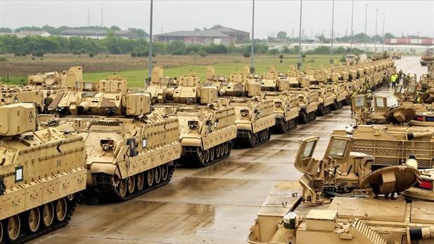 Lữ đoàn tăng tới châu Âu, Mỹ mưu lớn sau vụ Crimea