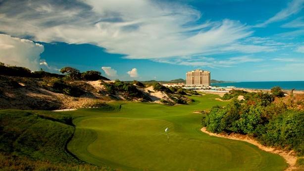 Xin thêm loạt sân golf vào quy hoạch: Bẫy đầu cơ BĐS?