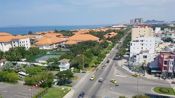 Hai dự án 'ma' đất ven biển Đà Nẵng: Ai đứng sau?