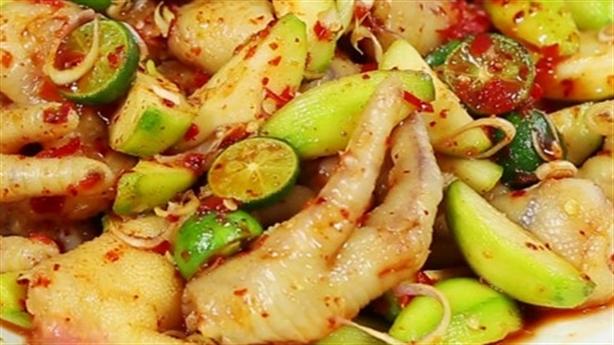 Chân gà trộn cóc bao tử: Món ăn