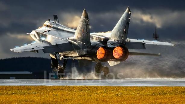 Nga nhận thêm MiG-31BM mang Kinzhal tung hoành?