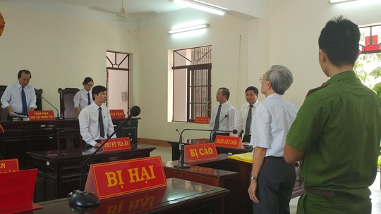 Thẩm phán lý giải xử Nguyễn Khắc Thủy án treo