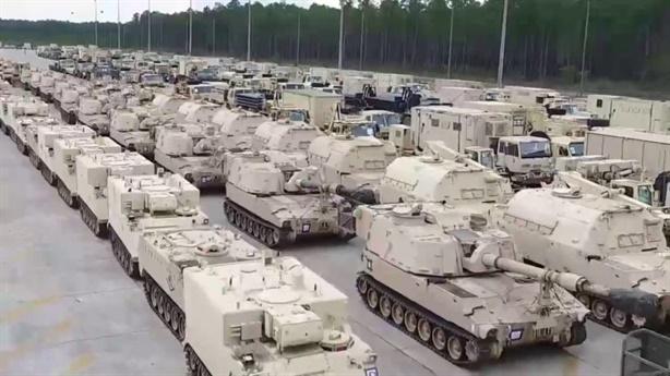 Lợi dụng tập trận, quân đội Mỹ áp sát biên giới Nga