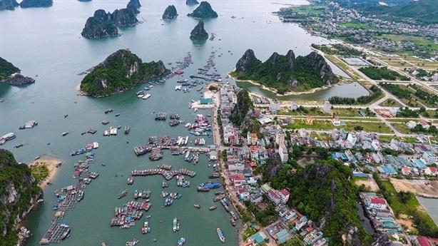 Người nhà nước trục lợi: Căn tính người Việt hay...?