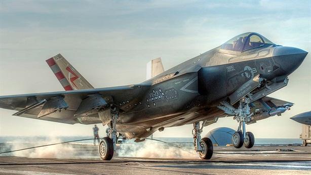 F-35C hóa giải đòn tấn công của Kinzhal