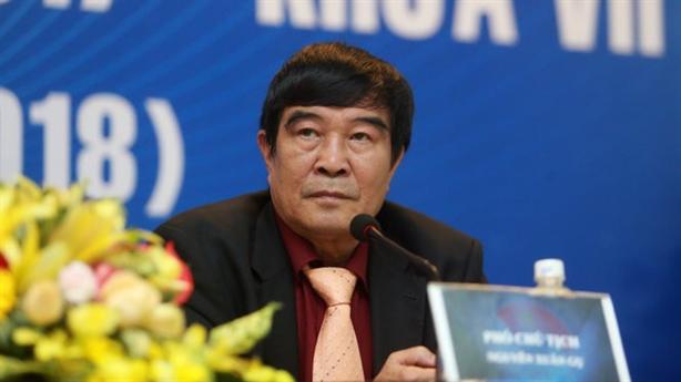 Ông Nguyễn Xuân Gụ từ chức VFF: Uống chén rượu tự trọng