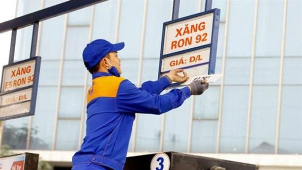 VCCI: Nguy cơ thương nhân đầu mối lũng đoạn xăng dầu